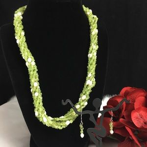 Jewelry - Peridot & Pearl Beaded Necklace & Earring Set